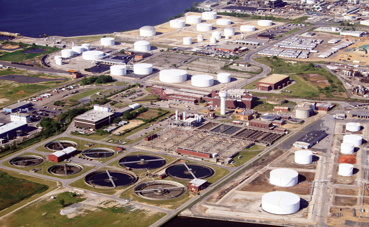<p>Wastewater treatment plants, if not upgraded with new technologies, contribute nitrogen and other nutrients to local waterways.</p>